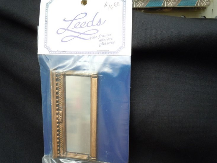 Leed's mantel mirror - Click Image to Close