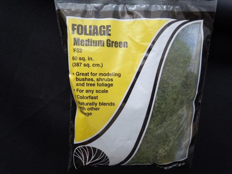 Foilage - Medium Green